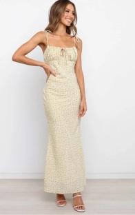 Vestido largo vintage con correa floral elegante de verano
