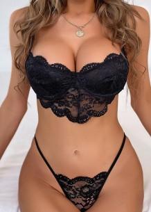 Conjunto de lencería sexy sujetador y bragas de encaje negro