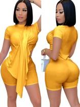 Summer Sexy Yellow Irregular Top y Biker Shorts Conjunto de 2 piezas