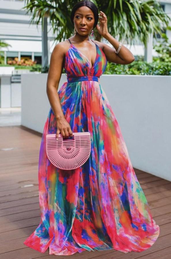 Vestido largo de cintura alta con tirantes con cuello en V y tie dye formal de verano
