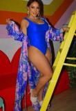 Traje de baño azul sexy de una pieza con cubierta de estampado a juego