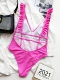 Einteilige Badebekleidung mit rosa Rüschen