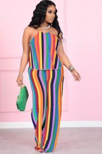 Conjunto de blusa e calça com listras arco-íris de verão