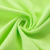 Sommergrünes Crop Top mit gerüschten Strings und Rüschen