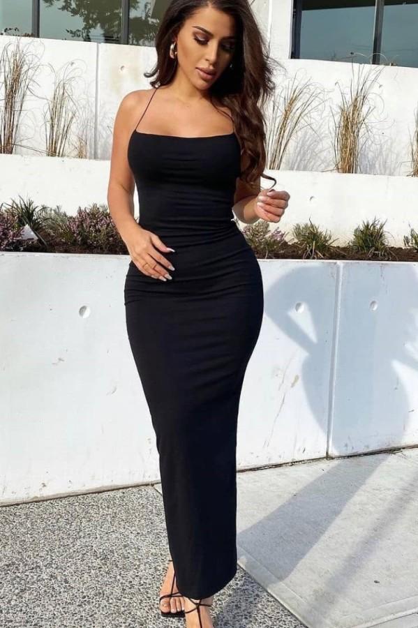 Vestido largo delgado con correa negra formal de verano