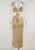 Vestido largo con correa de cadenas cortadas de color caqui de verano