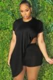 Sommer Plus Size Schwarz Unregelmäßiges Shirt und Biker Shorts Matching Set