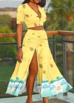 Top corte elegante floral amarelo verão e saia longa com fenda combinando