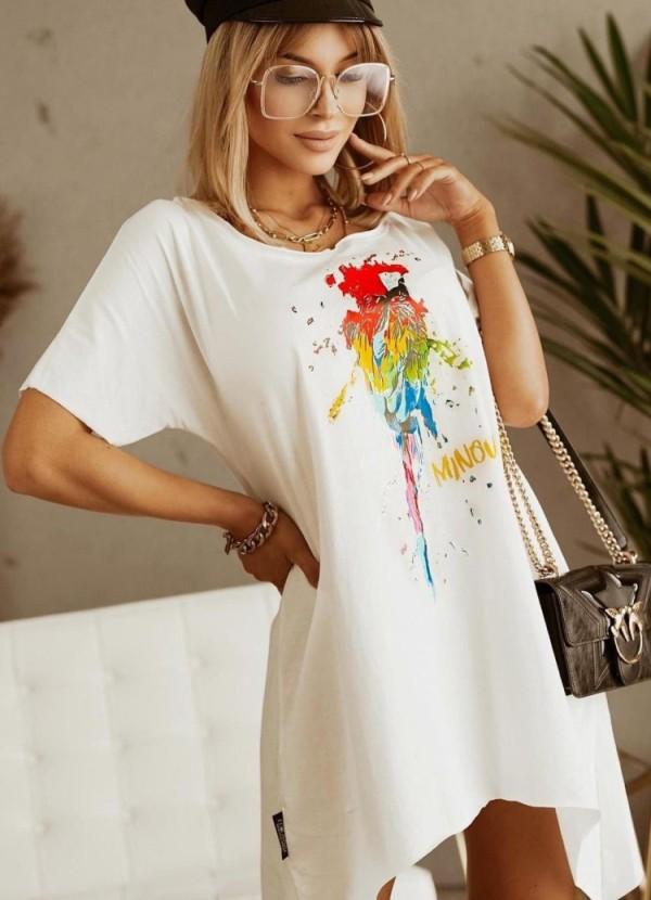 Camisa larga irregular blanca con cuello redondo y estampado de verano