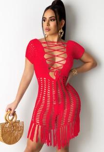 夏の赤いかぎ針編みのフリンジドレスカバーアップ