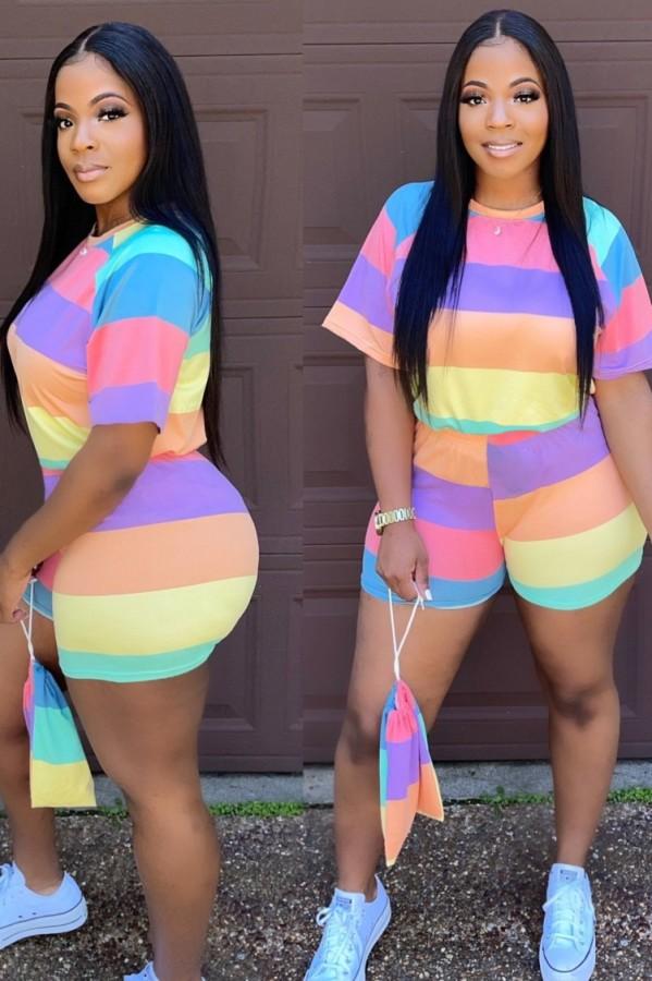 Conjunto de camisa e shorts de verão plus size com listras largas arco-íris 2 unidades