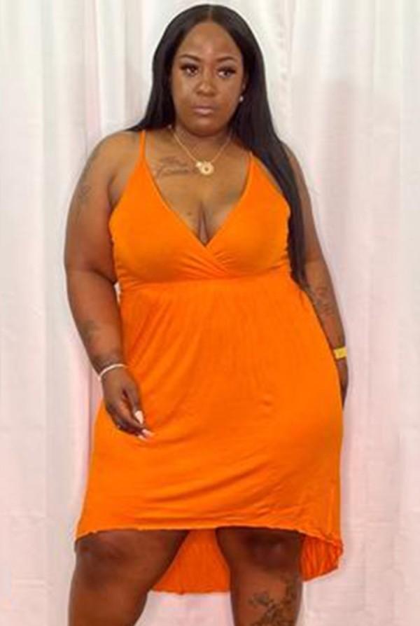 Vestido corto con cuello halter naranja informal de talla grande de verano