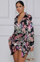 Mini abito a portafoglio a maniche lunghe con stampa floreale autunnale