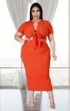 Conjunto de falda midi y top corto anudado naranja informal de verano de talla grande
