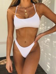Tweedelige witte basisbadkleding met riem