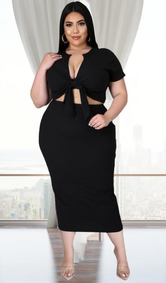 Conjunto de falda midi y top corto anudado negro informal de talla grande de verano