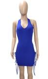 Vestido ceñido al cuerpo con cuello halter y corte sexy azul de fiesta de verano