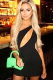 Mini vestido de fiesta de verano negro con un hombro