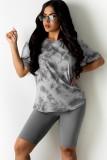 Conjunto de 2 piezas de camisa con efecto tie dye gris informal de verano y pantalones cortos de motociclista lisos
