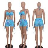 Conjunto de sujetador halter azul con estampado de fiesta de verano y pantalones cortos con cuerdas