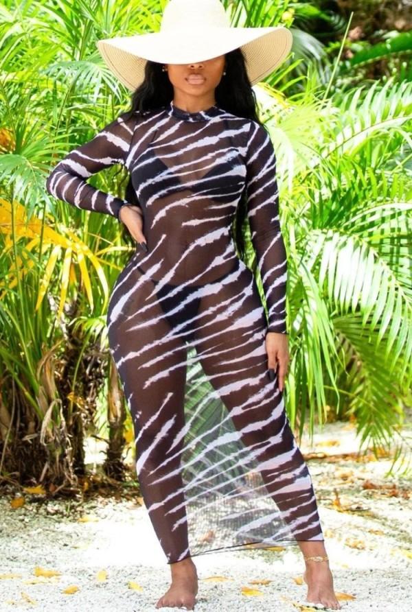 Vestido veraniego largo de playa transparente con estampado de verano y mangas completas
