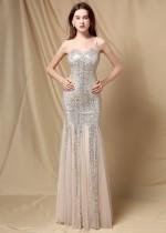 Vestido de noche de sirena con correa de lentejuelas plateadas formales de verano
