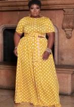 Conjunto de falda larga y top corto amarillo con lunares de verano de talla grande