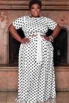 Conjunto de falda larga y top corto blanco con lunares de verano de talla grande