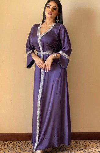 Árabe Dubai Árabe Oriente Médio Turquia Marrocos Vestuário islâmico Kaftan Abaya Vestido muçulmano bordado roxo