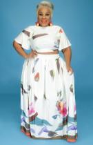 Conjunto de falda larga y top corto floral blanco de talla grande de verano