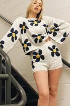 Herbst-Set aus zweiteiligen Strick-Shorts mit Blumenmuster