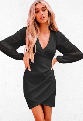 Elegante abito da sera a portafoglio nero autunnale con maniche a rete