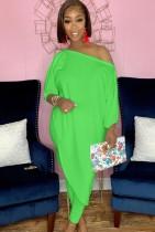 Conjunto de camisa larga irregular y pantalón ajustado verde otoño