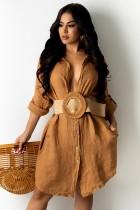Herbstliches Khaki langes Blusen-Sommerkleid mit vollen Ärmeln