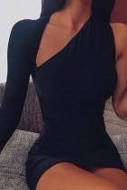 Herbst formales schwarzes One-Shoulder-Minikleid mit einzelnen Ärmeln