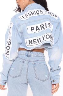 Herbstblaue kurze Jeansjacke mit Patch-Buchstaben und vollen Ärmeln