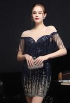 Vestido de festa curto formal com franja azul lantejoulas