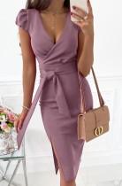 Vestido a media pierna con abertura cruzada púrpura elegante de verano con cinturón