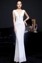 Vestido de noite formal formal sem mangas com decote em V branco