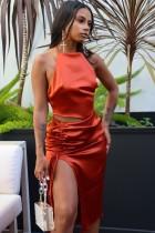 Летний сексуальный оранжевый топ с лямкой на шее и юбка с разрезом по бокам на кулиске