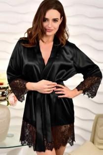 Pijama sexy de satén negro y encaje con parche