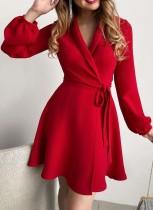Herbst Elegantes Rot Taillierter Kragen mit Blet Midikleid