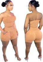 Conjunto de top corto sin tirantes doblado naranja sexy de verano y pantalones cortos a juego
