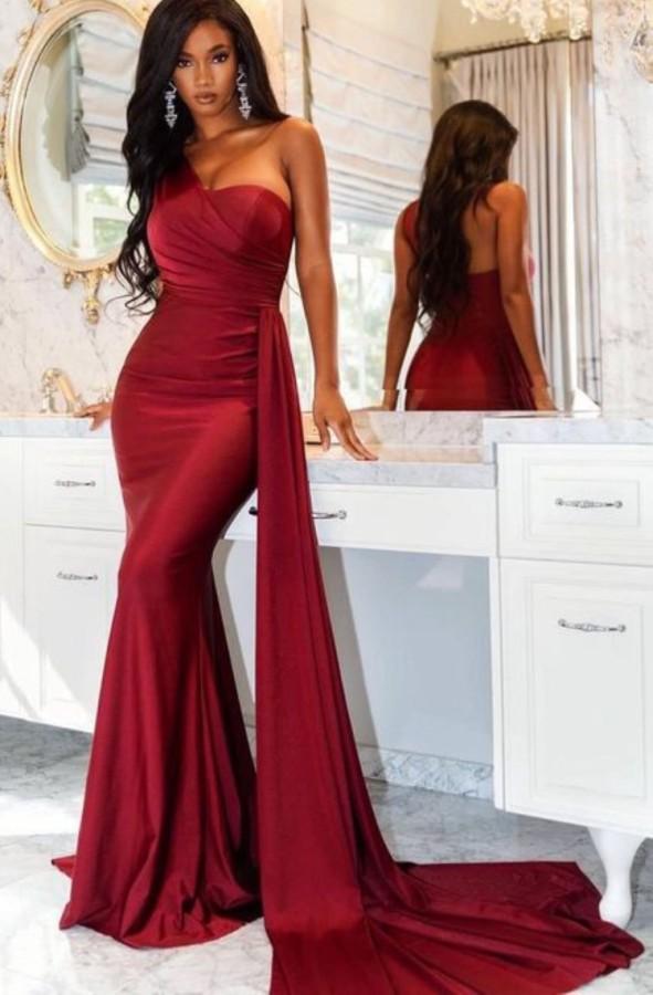 Yazlık Zarif Kırmızı Tek Omuz Deniz Kızı Kurdeleli Abiye Elbise