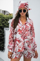 Conjunto de camisa y pantalón corto de manga larga floral otoñal con pañuelo a juego