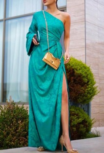 Осеннее зеленое элегантное вечернее платье на одно плечо с цветочным рисунком
