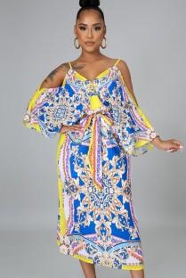 Vestido de verão com estampa entética e fenda com cinto