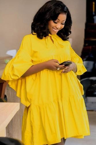 Осеннее повседневное желтое расклешенное короткое платье с широкими рукавами