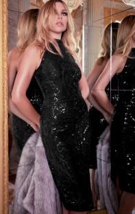Летнее официальное черное платье-миди с пайетками