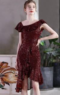 Летнее коктейльное платье из бордового цвета с пайетками и пайетками